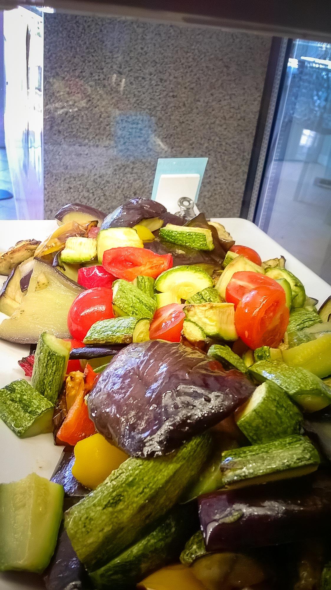 Abbiamo riaperto gnam gnam misano gastronomia tavola - Impasto per tavola calda ...